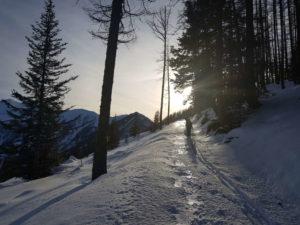 Si prosegue verso il Vallone con il sole che spunta