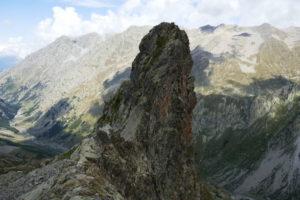 Passo-Soprano-del-Muraion-e-il-suo-spettacolare-torrione